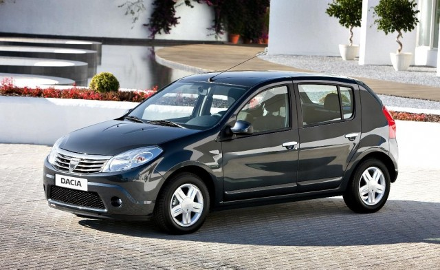 Dacia Sandero Access 1.2 From £5,995