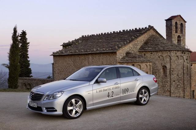 Prices announced for the new Mercedes-Benz E300 BlueTEC