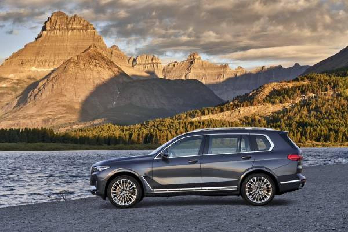 BMW's New Flagship X Model - The BMW X7 Image 0