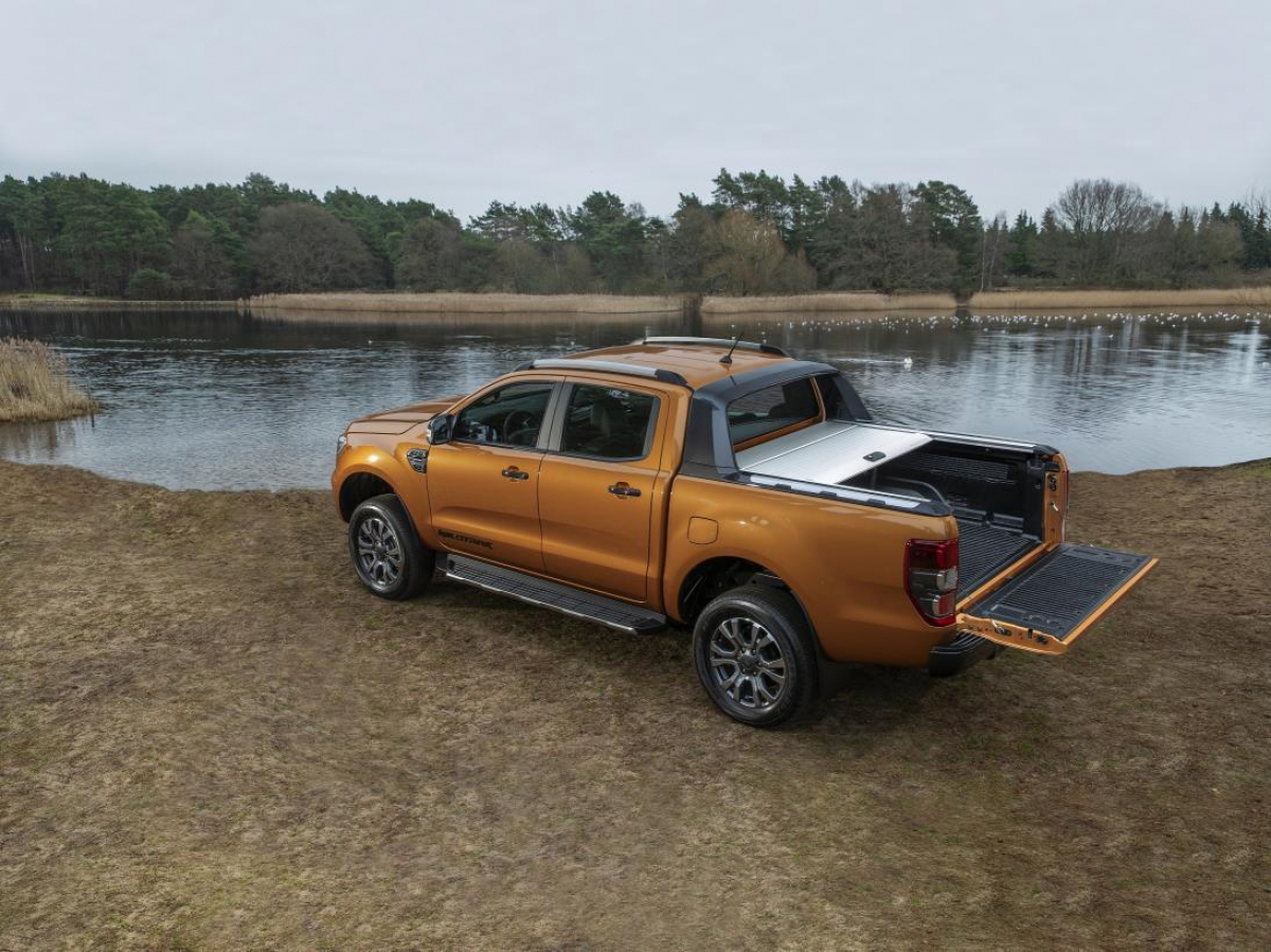 The Volkswagen Amarok VS Ford Ranger Wildtrak Image 2