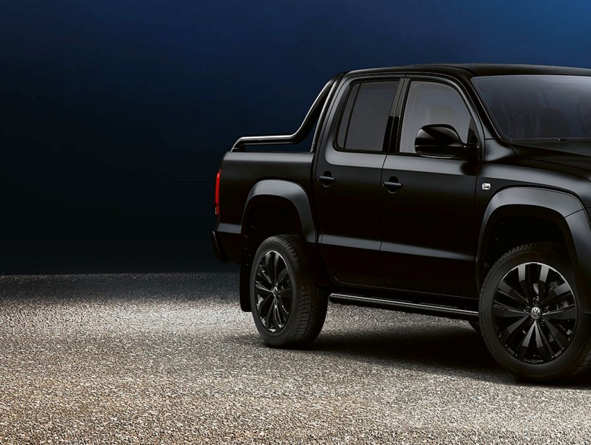 The Amarok is Back in Black and Better than Ever Image 3