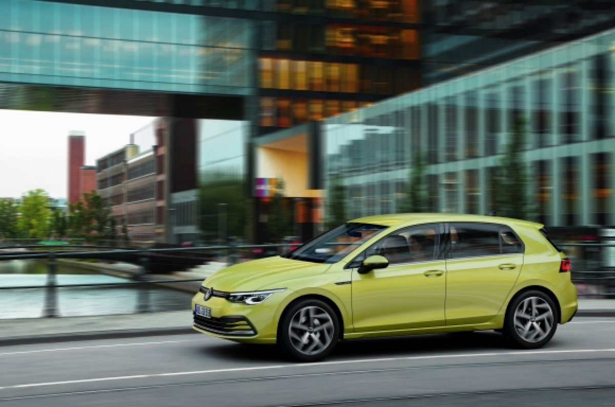 Your First Glimpse of the Brand New Volkswagen Golf Image 0