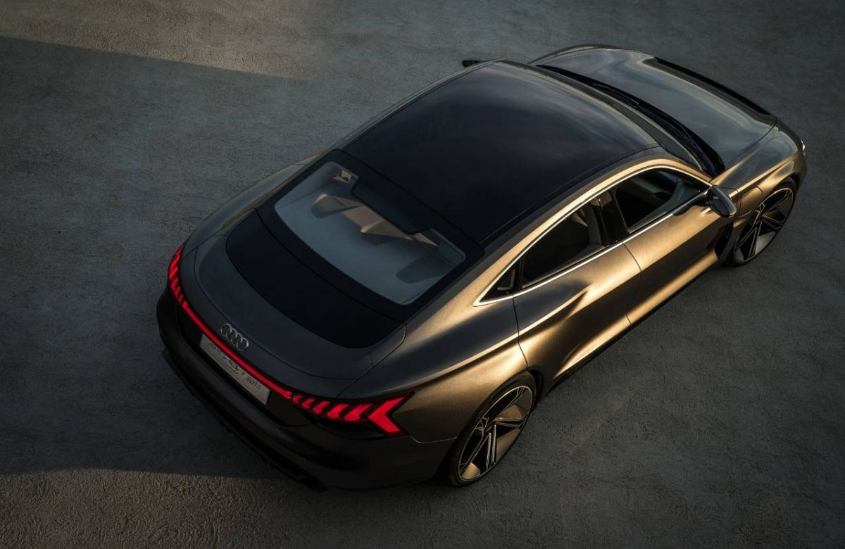 Audi's electric charge is set to continue with the brand's new signature car, the e-tron GT Image 2