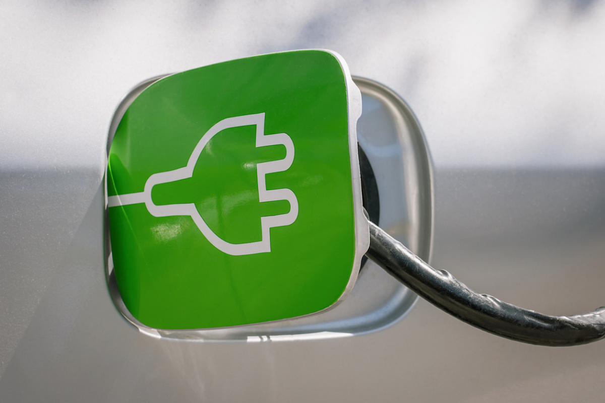 New Green Number Plates for Zero Emission Cars – and Free Parking Image 0