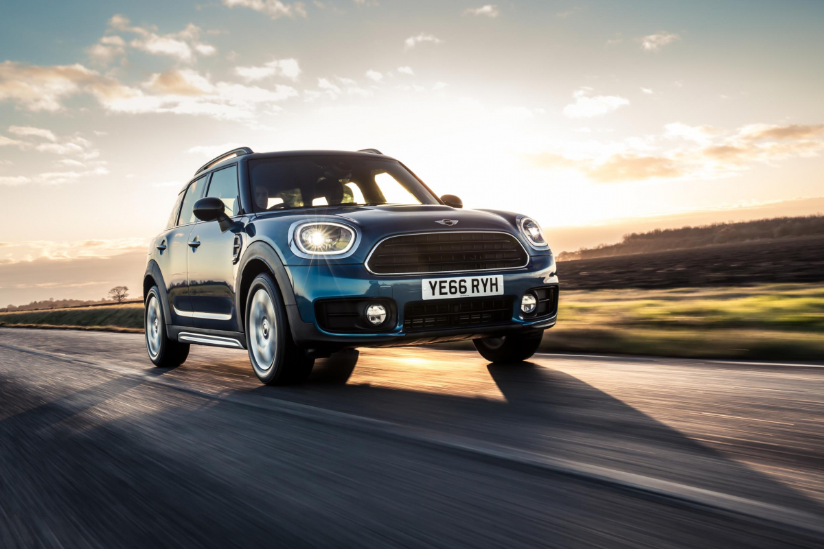 Up to 48 hour test drives available on a range of new SUVs Image 4