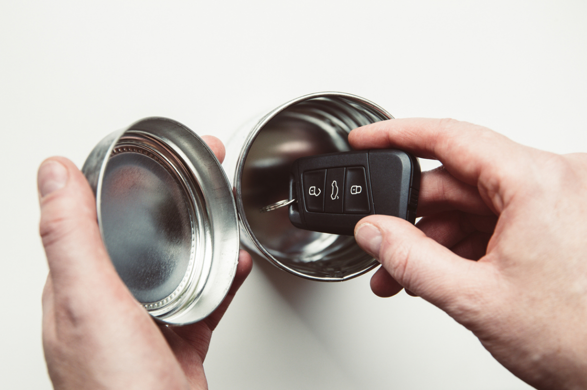 Manufacturers Hit Back at Keyless Car Theft Image 0