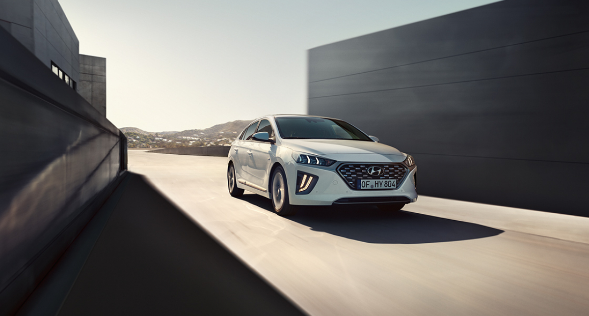 Hyundai IONIQ Hybrid £1,000 Saving in Test Drive and Buy Scheme Image 3