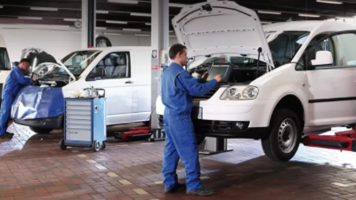 Big Savings on VW Commercial Vehicle Service Plans Image