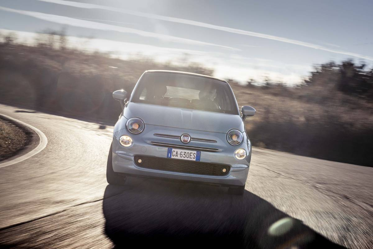 Fiat 500 Hybrid Review