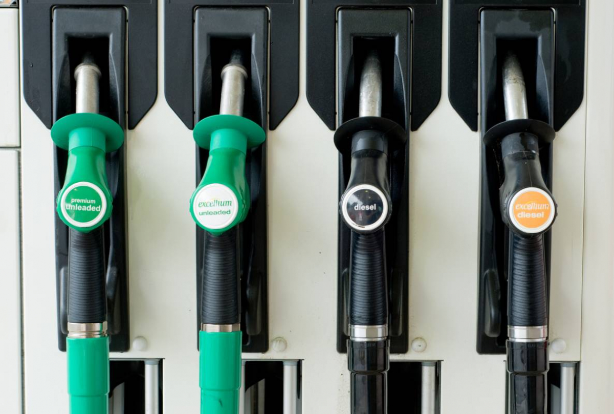 UK Fuel Prices Plummet In March 2020 (Biggest Drop In 12 Years Image
