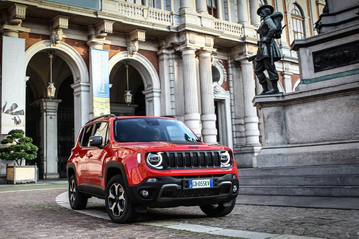 Jeep Renegade 4xe Plug-in Hybrid Revealed (2020 Launch)