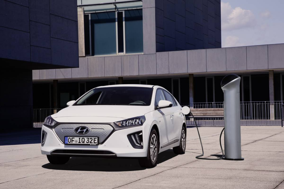 New Hyundai Finance Offers: No Payments For 3 Months & 0% APR