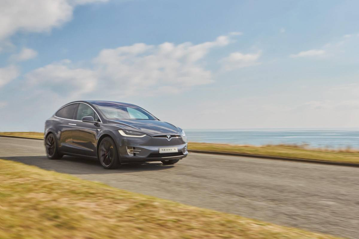 The Electric & Plug-in Hybrid Cars That Hold Their Value Best Image