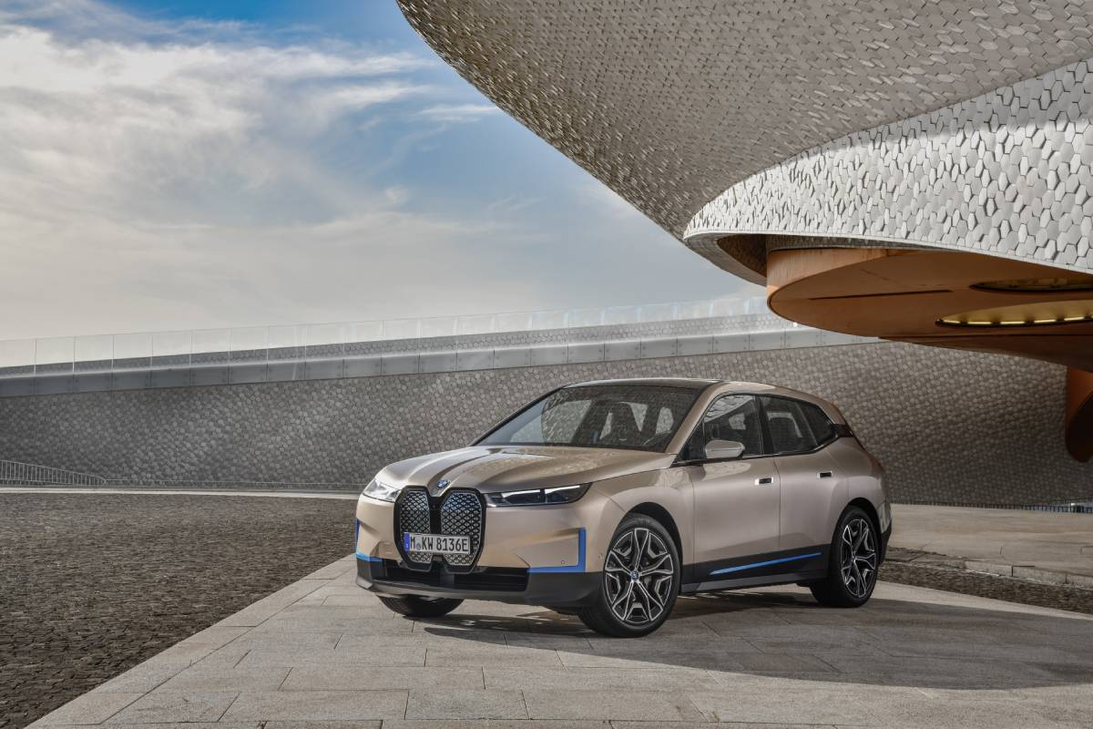 New BMW iX: Fast, Stylish, Electric Sports Activity Vehicle
