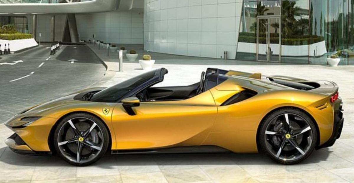 Ferrari SF90 Spider: 1,000 HP, 211 MPH, £415,000 Image