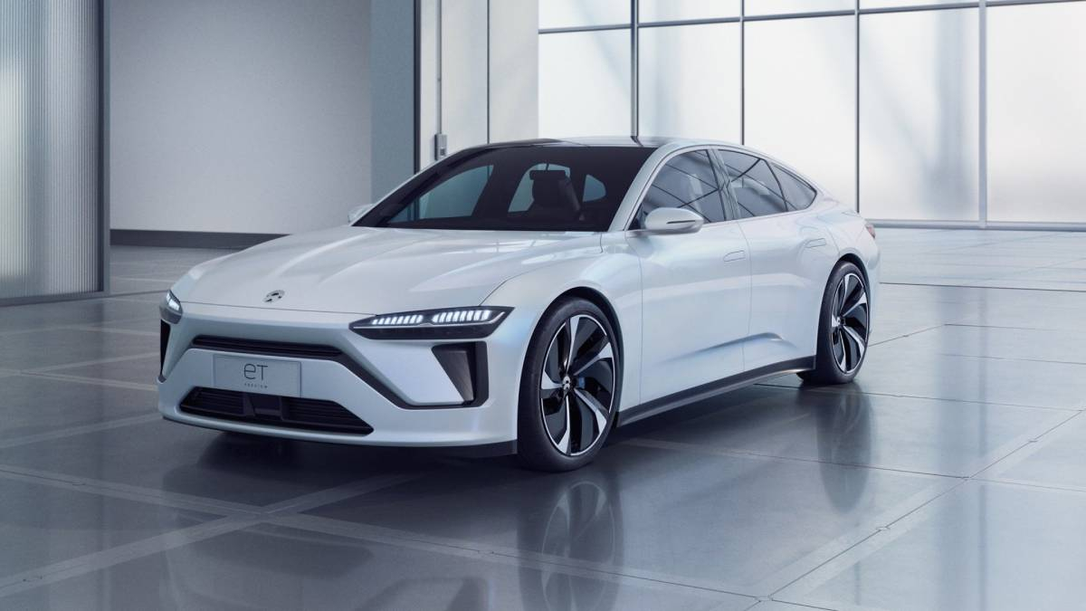 NIO ET7: Fast, Autonomous, Luxury Electric Saloon From China