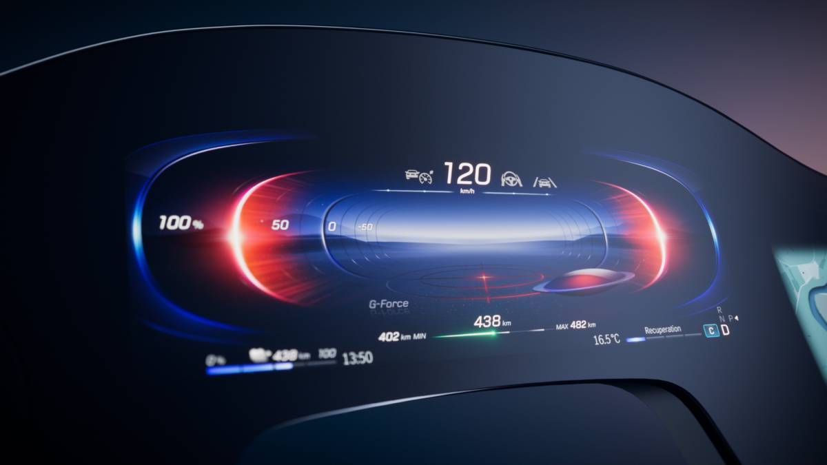 Mercedes-Benz: New Touchscreen As Wide As The Dashboard