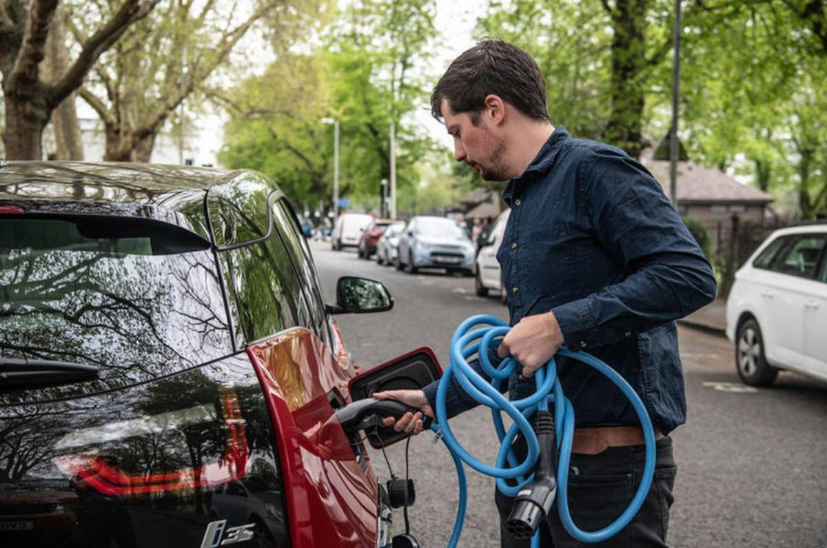 How To Increase Your Electric Car's Range: Simple Tips