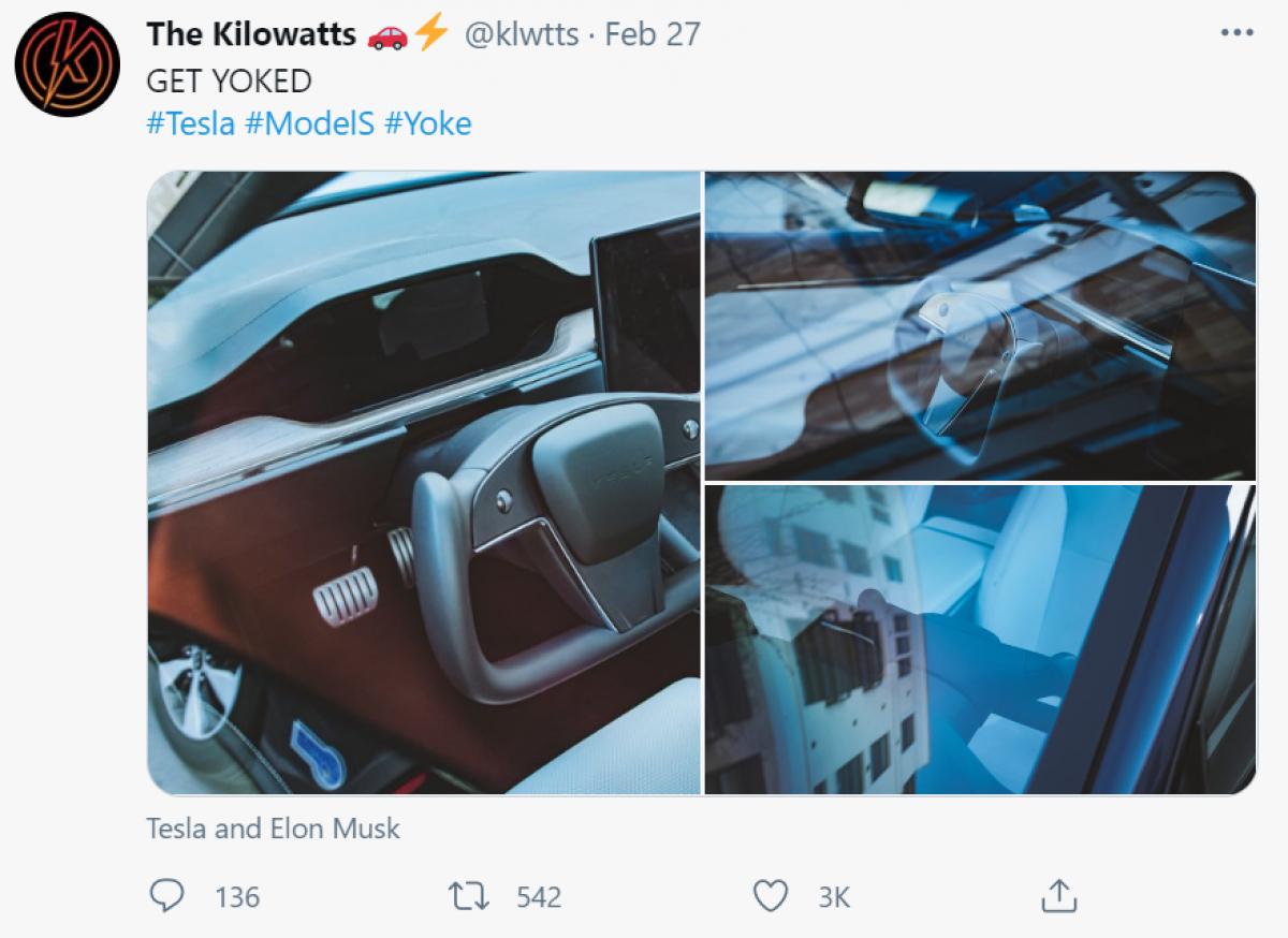 No Yoke! Tesla's new steering wheel spotted...  Image