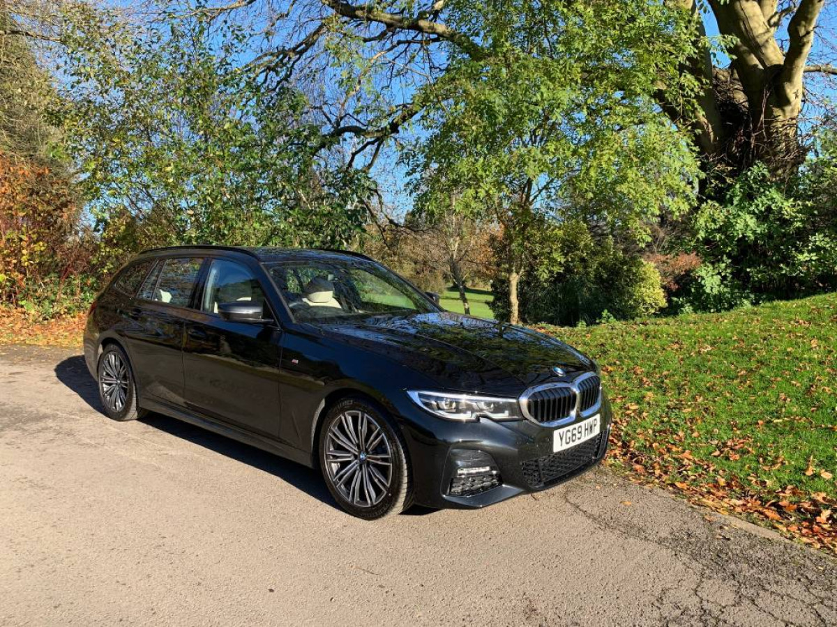 BMW 320d xDrive M Sport Touring Review