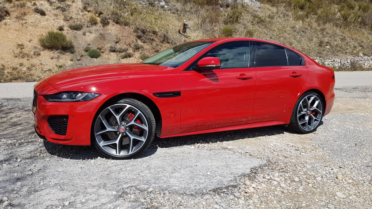 Jaguar XE 2020 Review